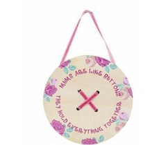 HANGING MUM BUTTON WALL DECORATION